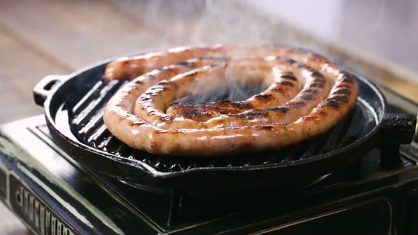Wrapped barbecue sausage